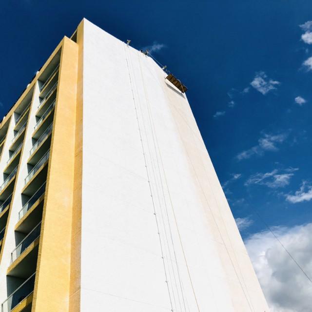 edificio del Hotel Meliá Cozumel en obra